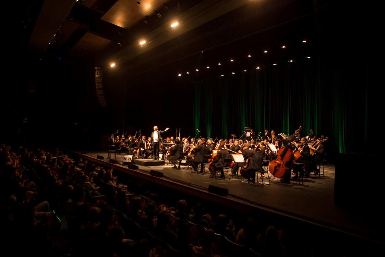 Orquestra Sinfônica do Rio Grande do Norte se apresenta no anfiteatro do Papódromo